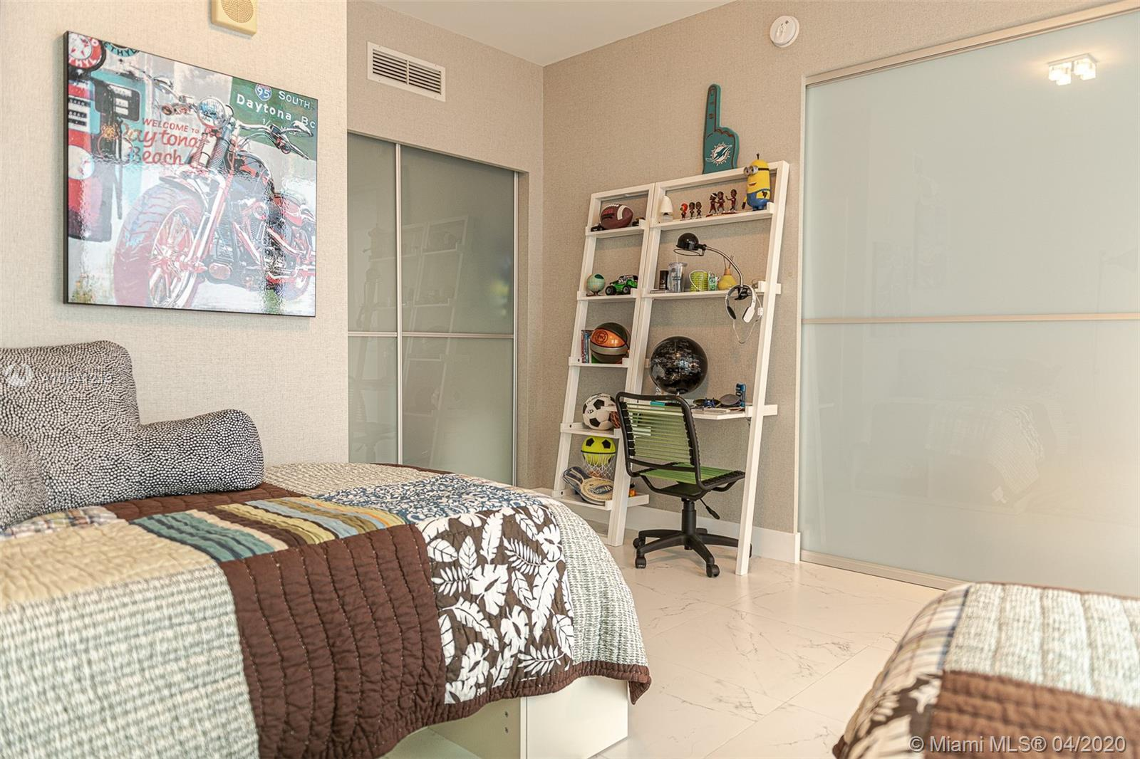 17121 Collins Ave #4003 photo031
