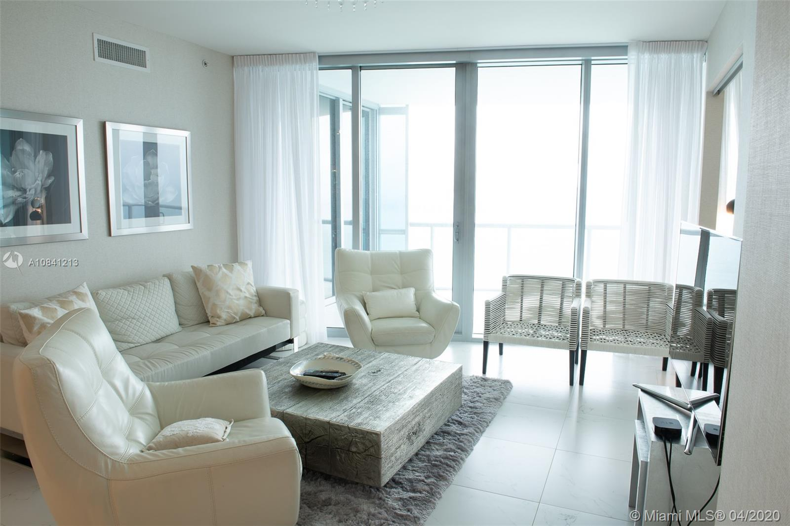 17121 Collins Ave #4003 photo04