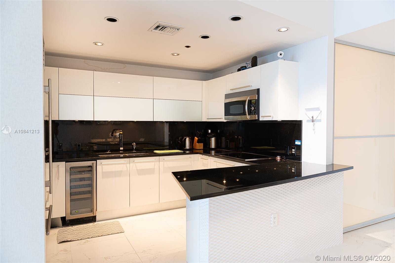 17121 Collins Ave #4003 photo08