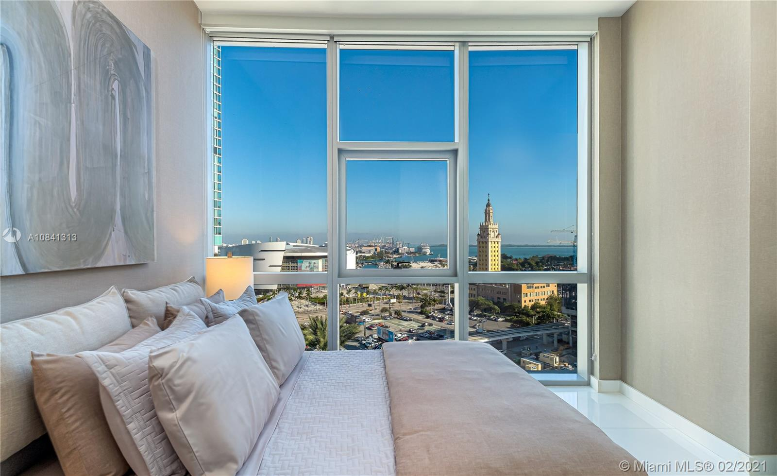 Photo of 851 NE 1st Ave #1111 listing for Sale