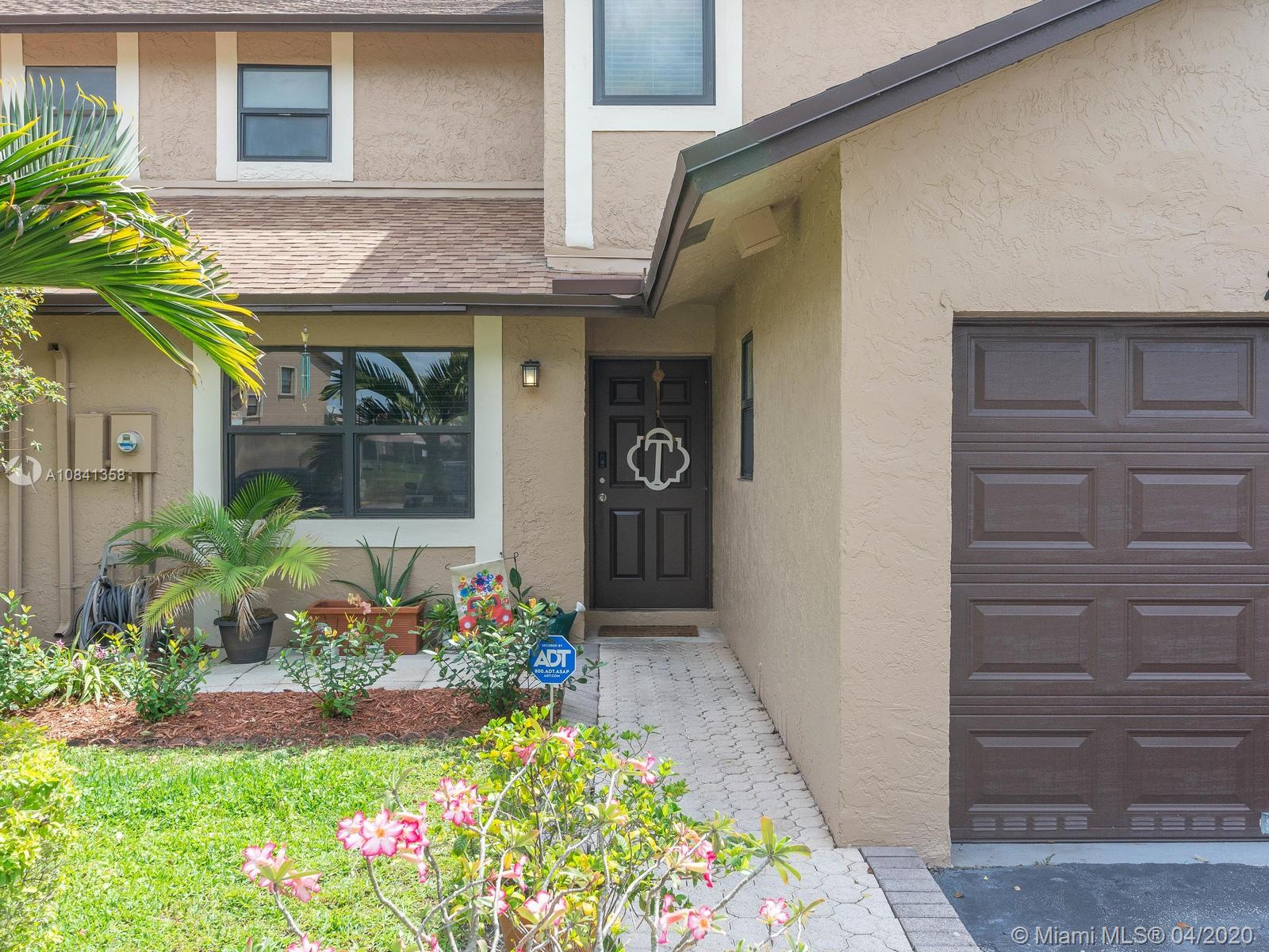 Property for sale at 244 Lakeside Cir Unit: 244, Sunrise,  Florida 33326