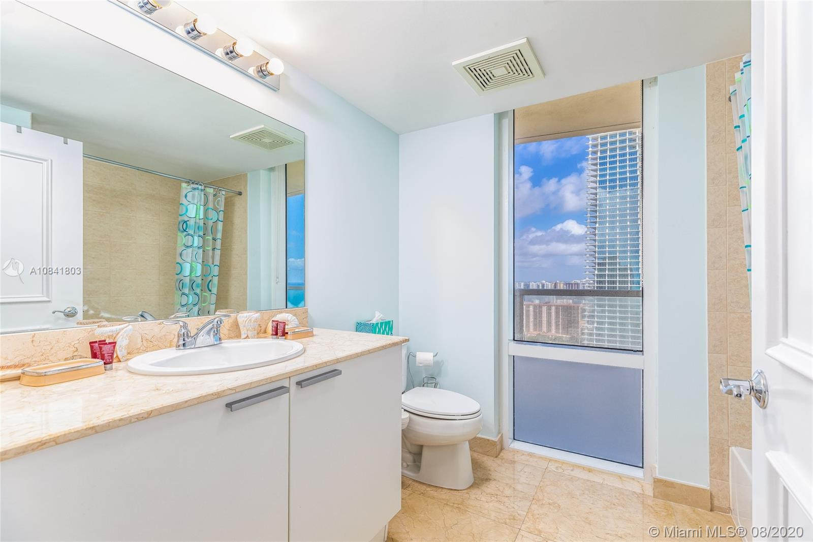 16699 Collins Ave #3903 photo017