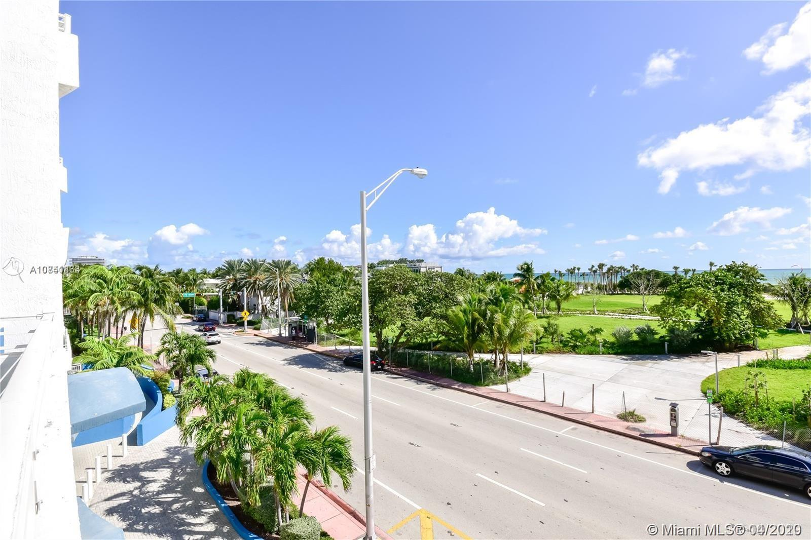 7600 Collins Ave #410 photo045