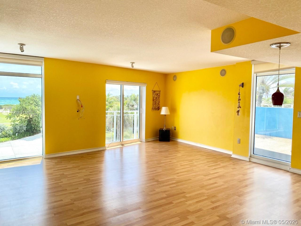 7600 Collins Ave #410 photo04