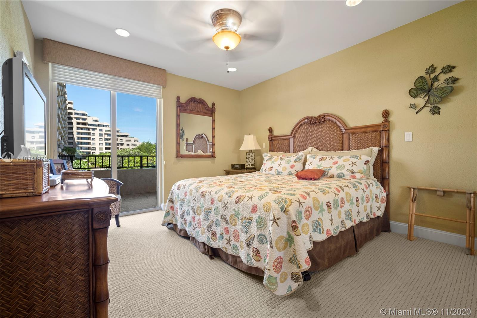 251 Crandon Blvd #161 photo014