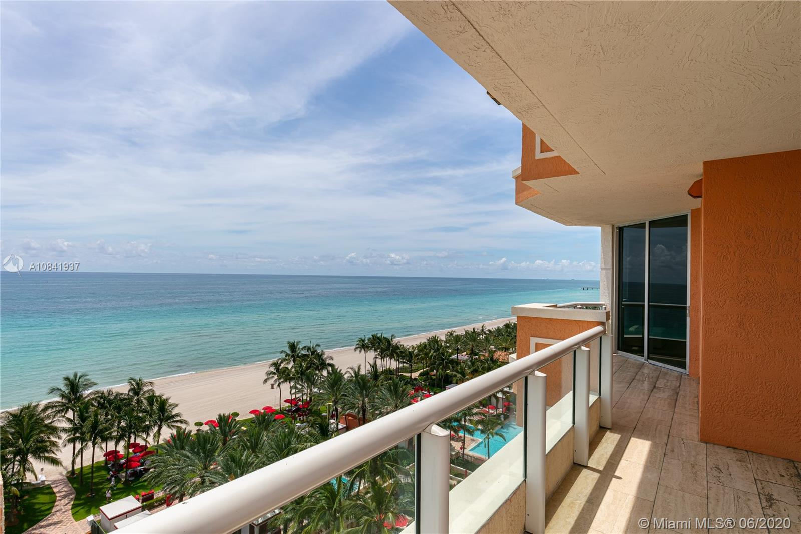 17875 Collins Ave #1001 photo06