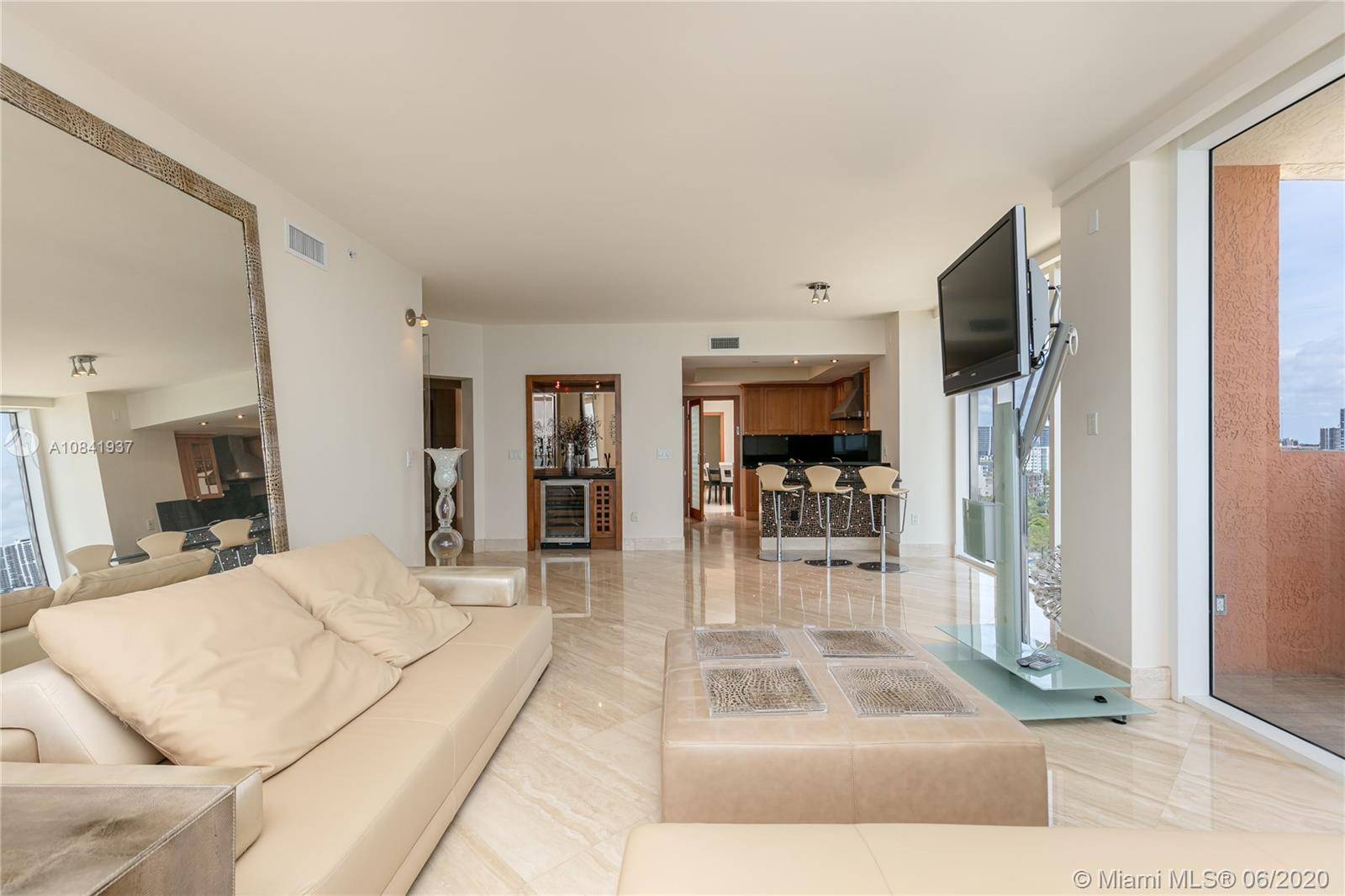 17875 Collins Ave #1001 photo05