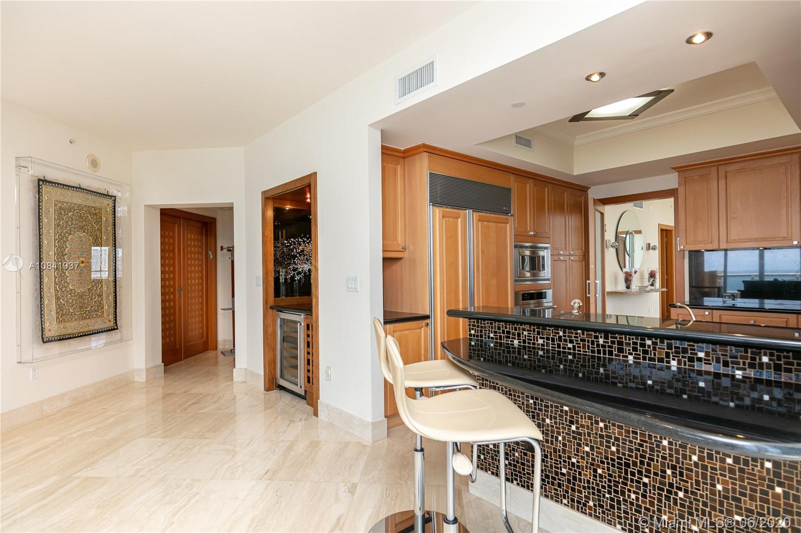 17875 Collins Ave #1001 photo08
