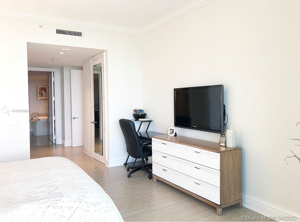 Property 10295 Collins Ave #906 image 13