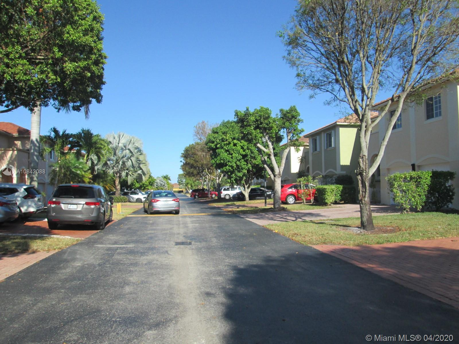 13618 SW 142nd Ter photo04
