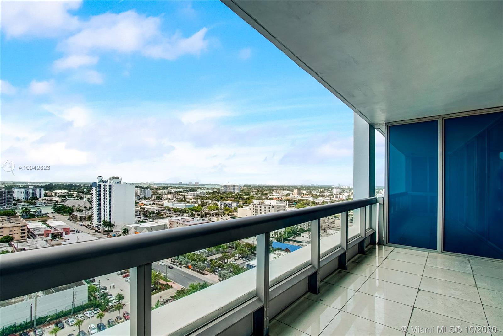 6899 Collins Ave #1710 photo027