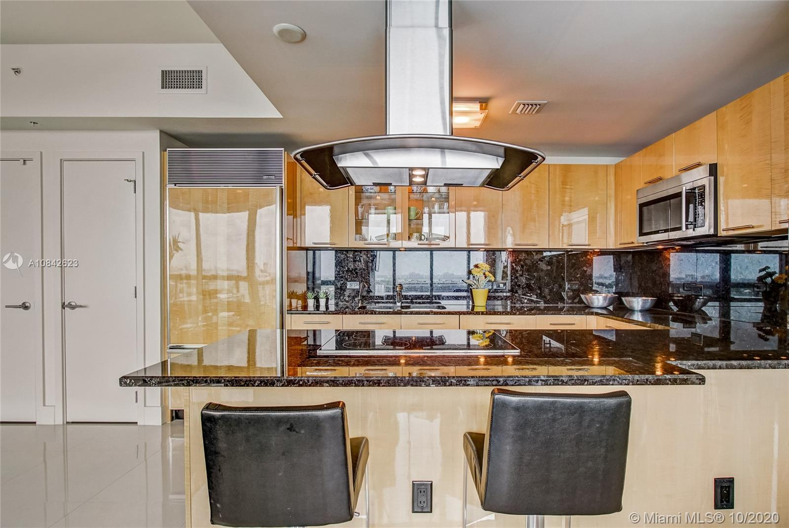 6899 Collins Ave #1710 photo014