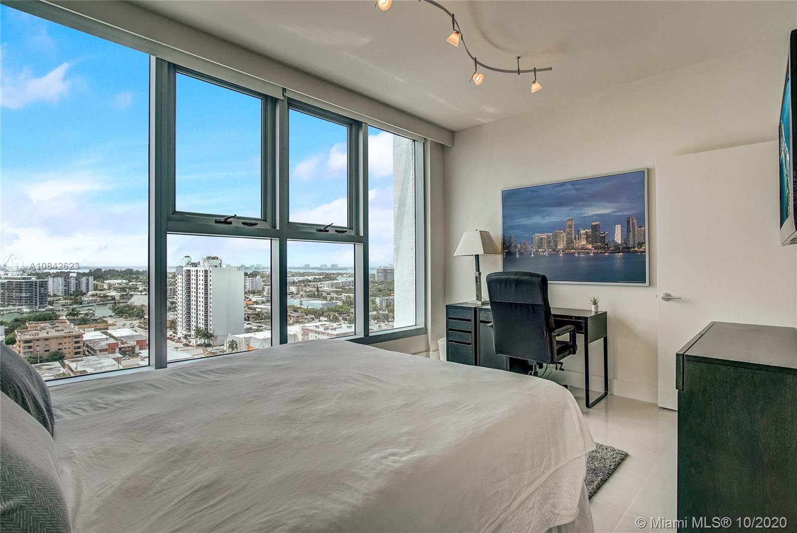 6899 Collins Ave #1710 photo025