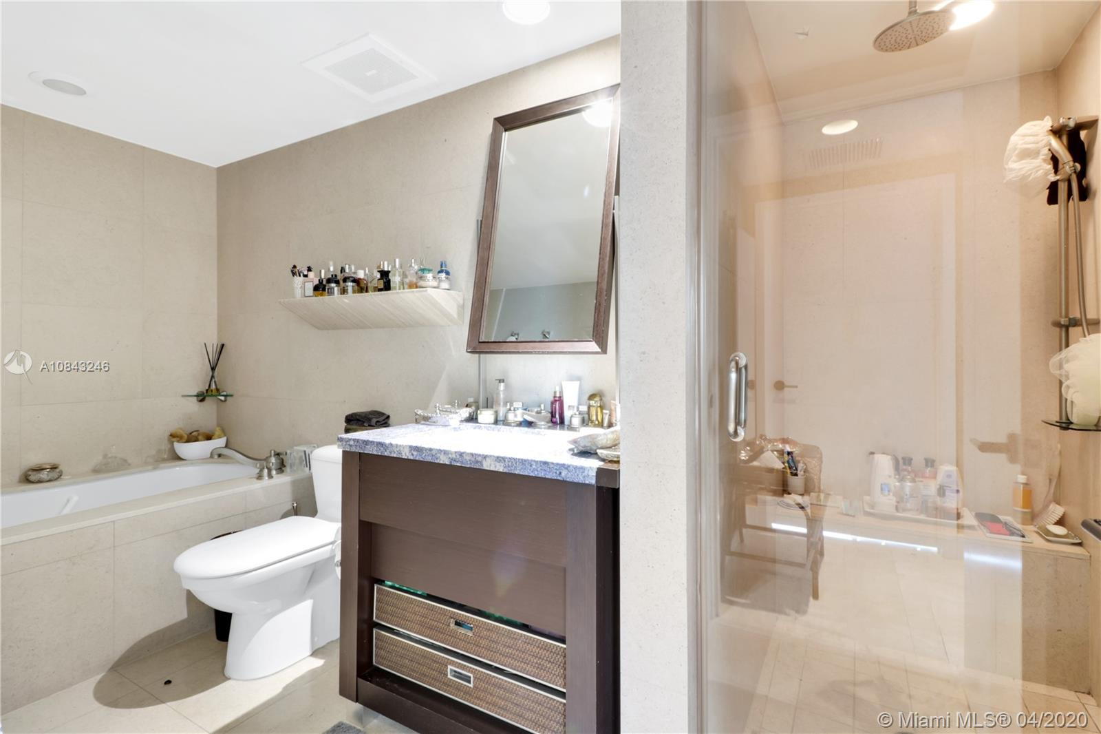 6801 Collins Ave #1412 photo014