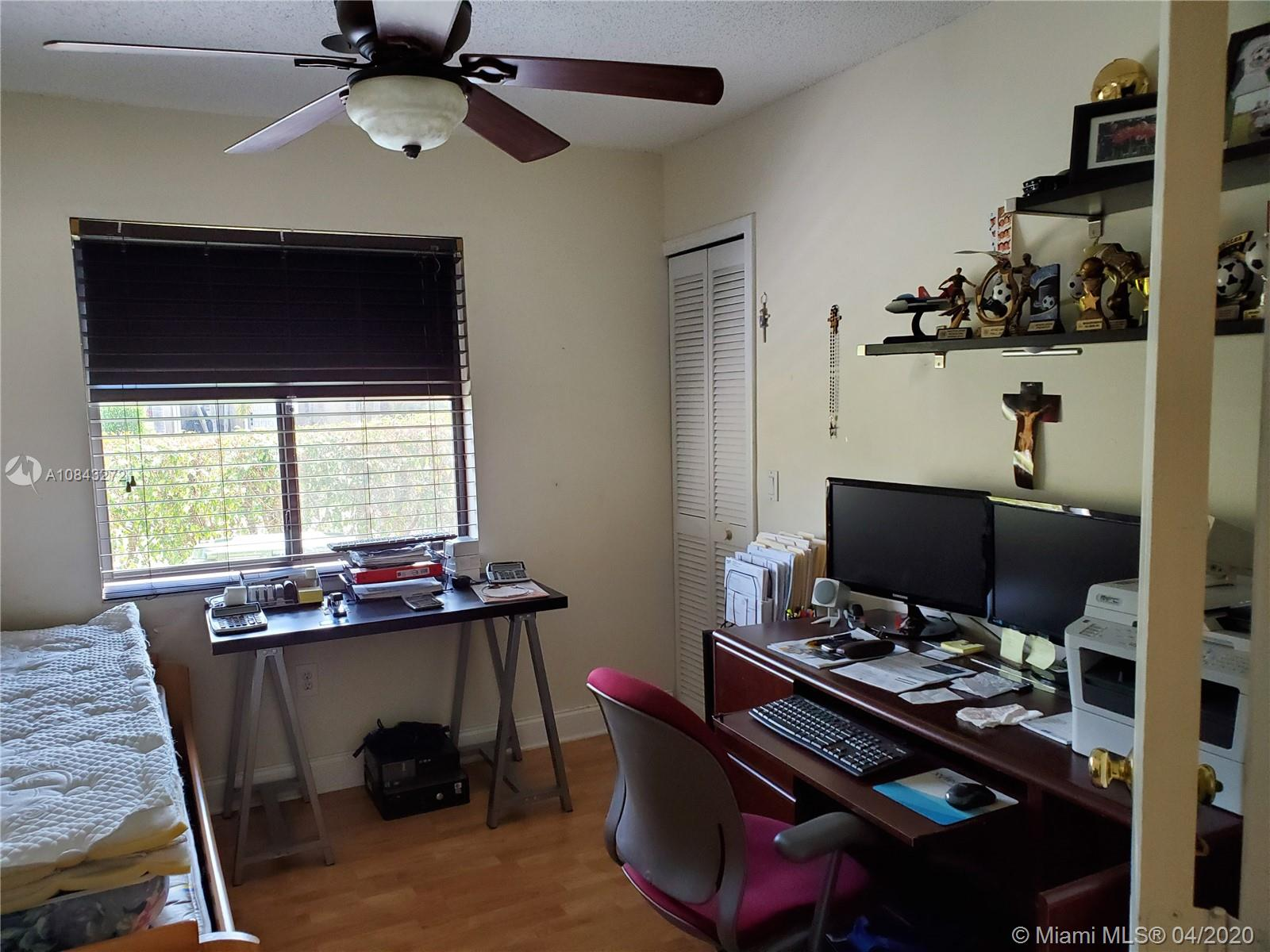 541 SW 167th Ter photo012