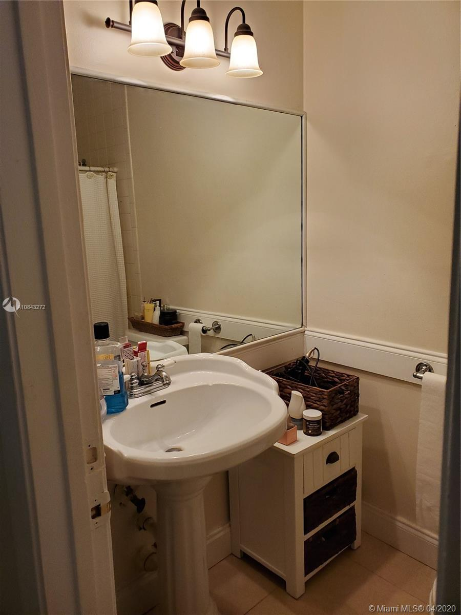 541 SW 167th Ter photo014