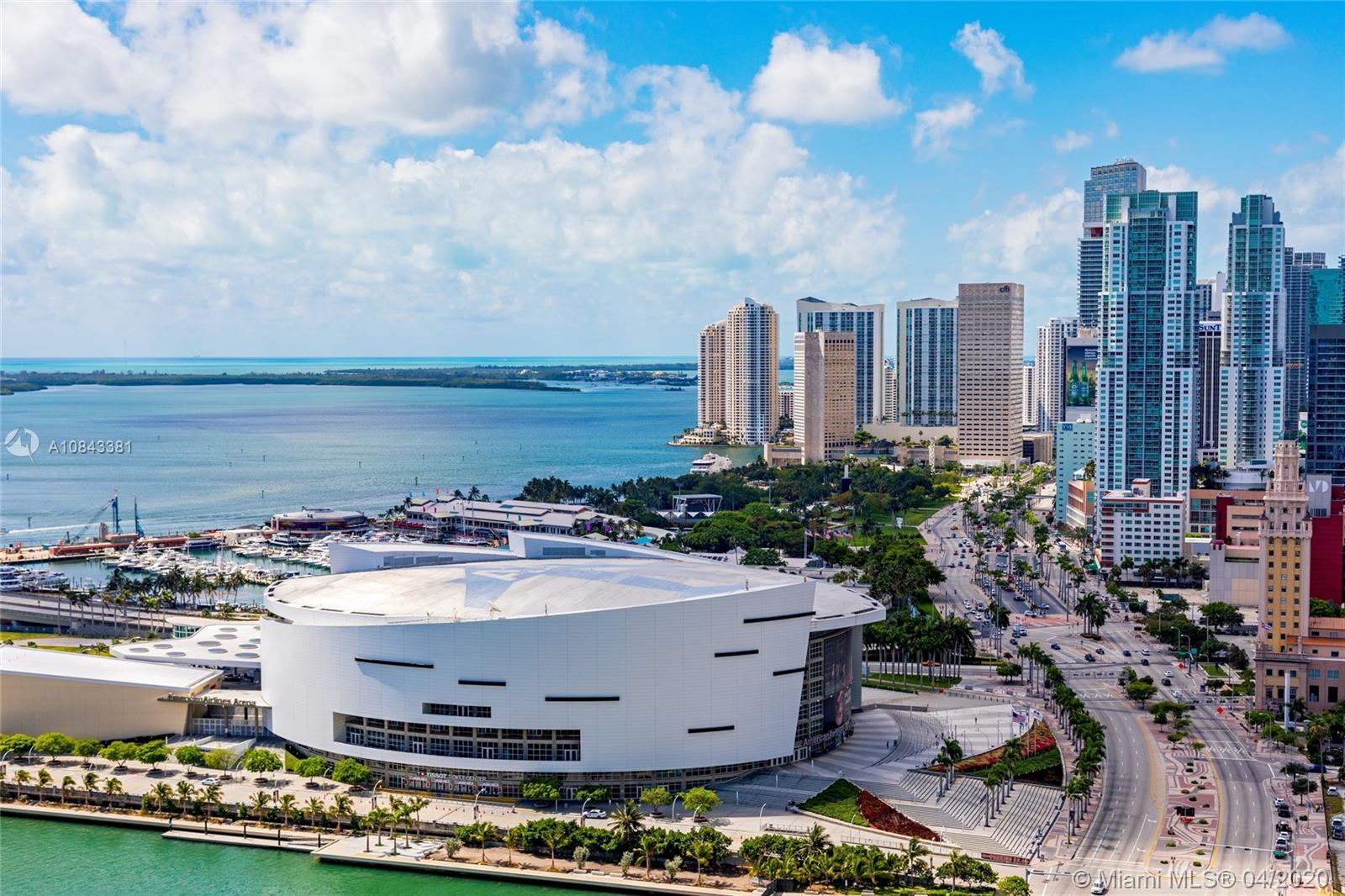 Photo of 1100 Biscayne Blvd #3201 listing for Sale