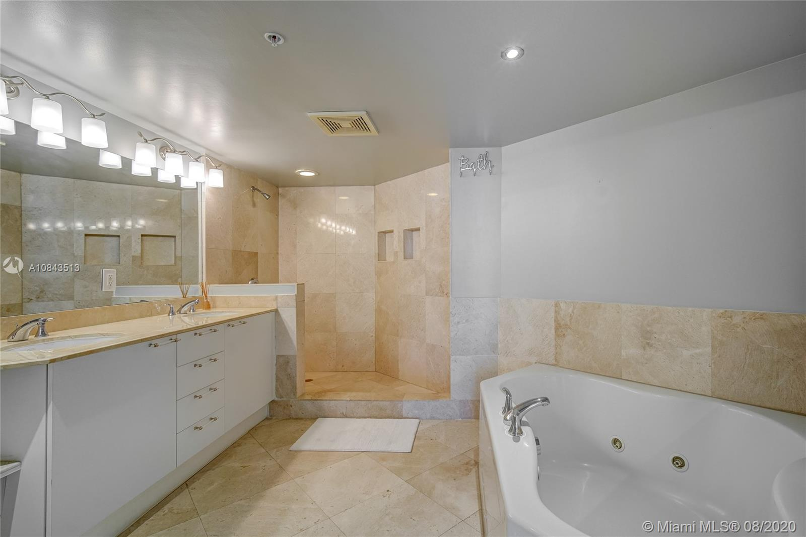 16699 Collins Ave #2503 photo023