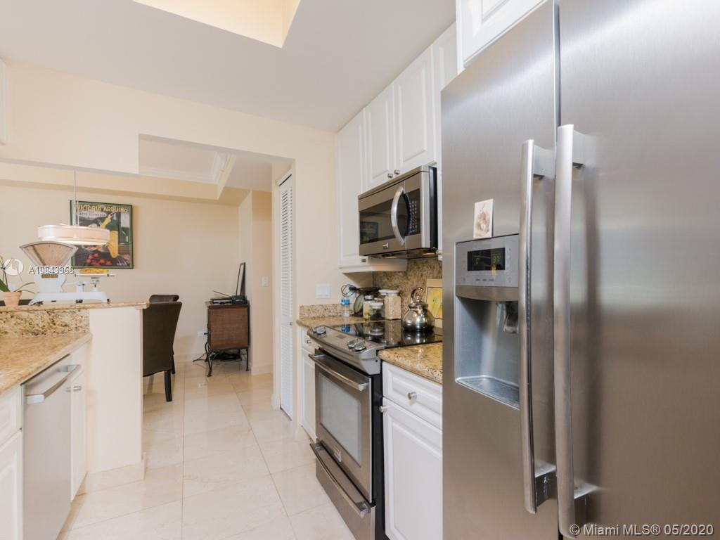 848 Brickell Key Dr #703 photo013