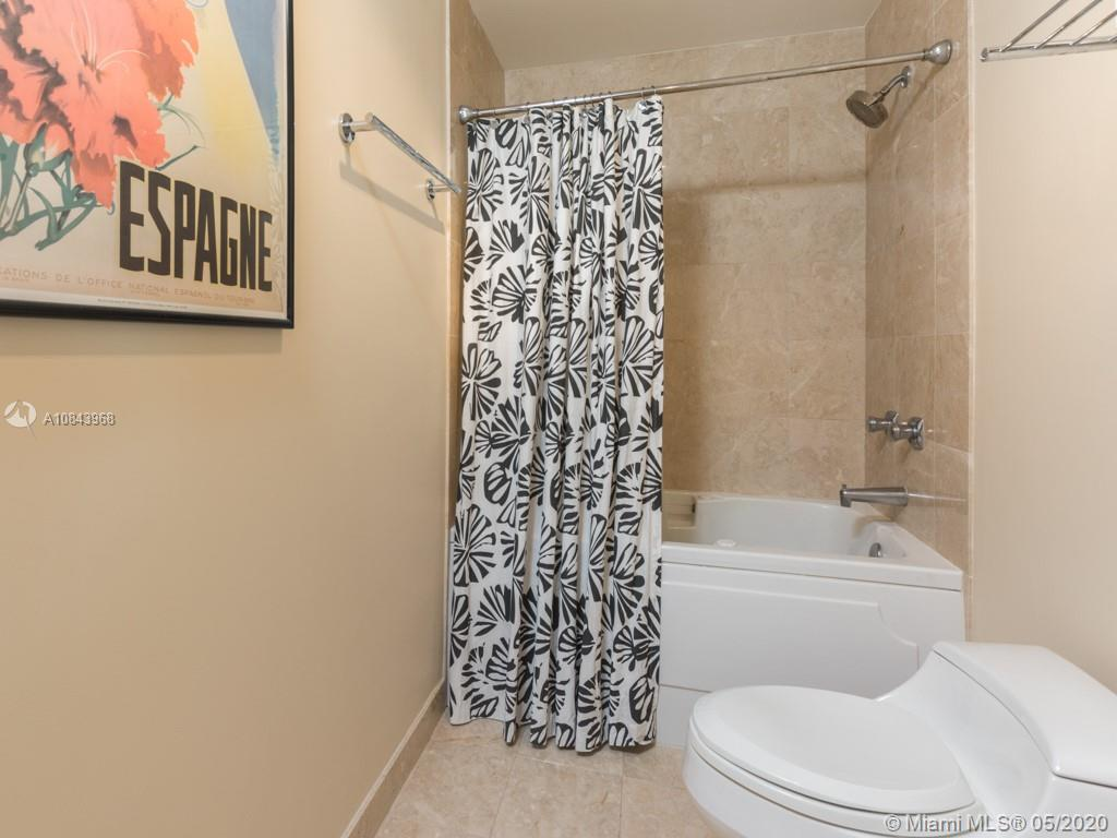 848 Brickell Key Dr #703 photo020