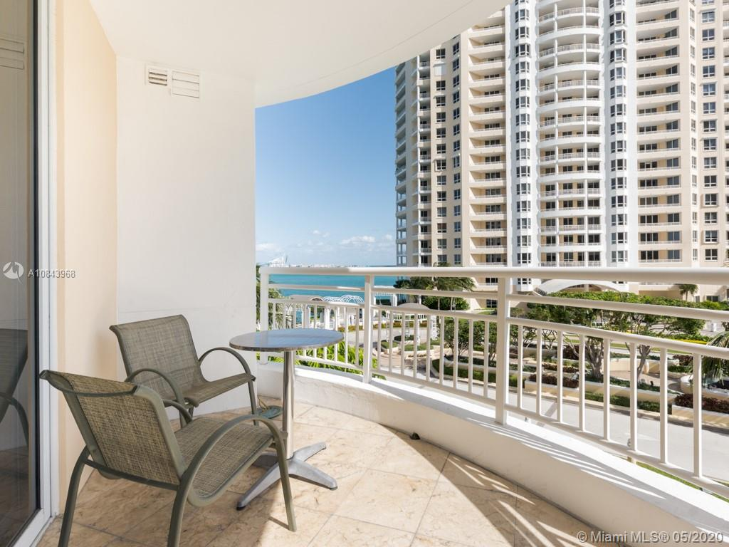 848 Brickell Key Dr #703 photo09