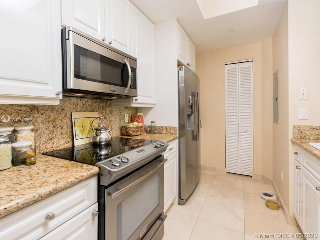 848 Brickell Key Dr #703 photo011