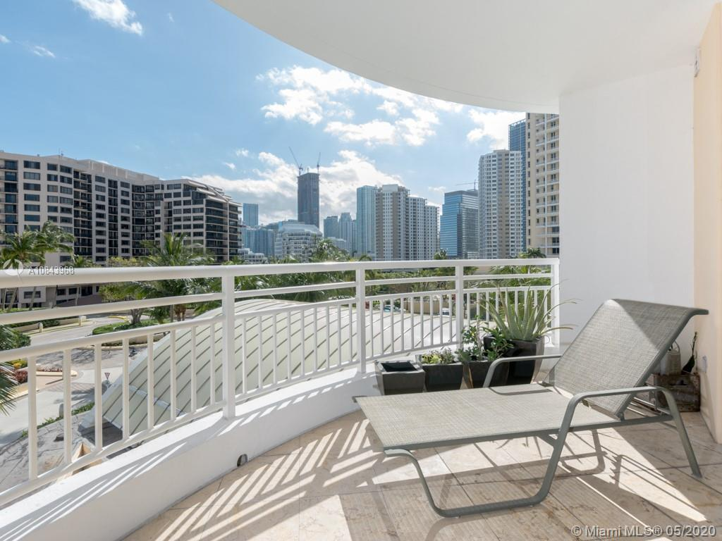 848 Brickell Key Dr #703 photo08