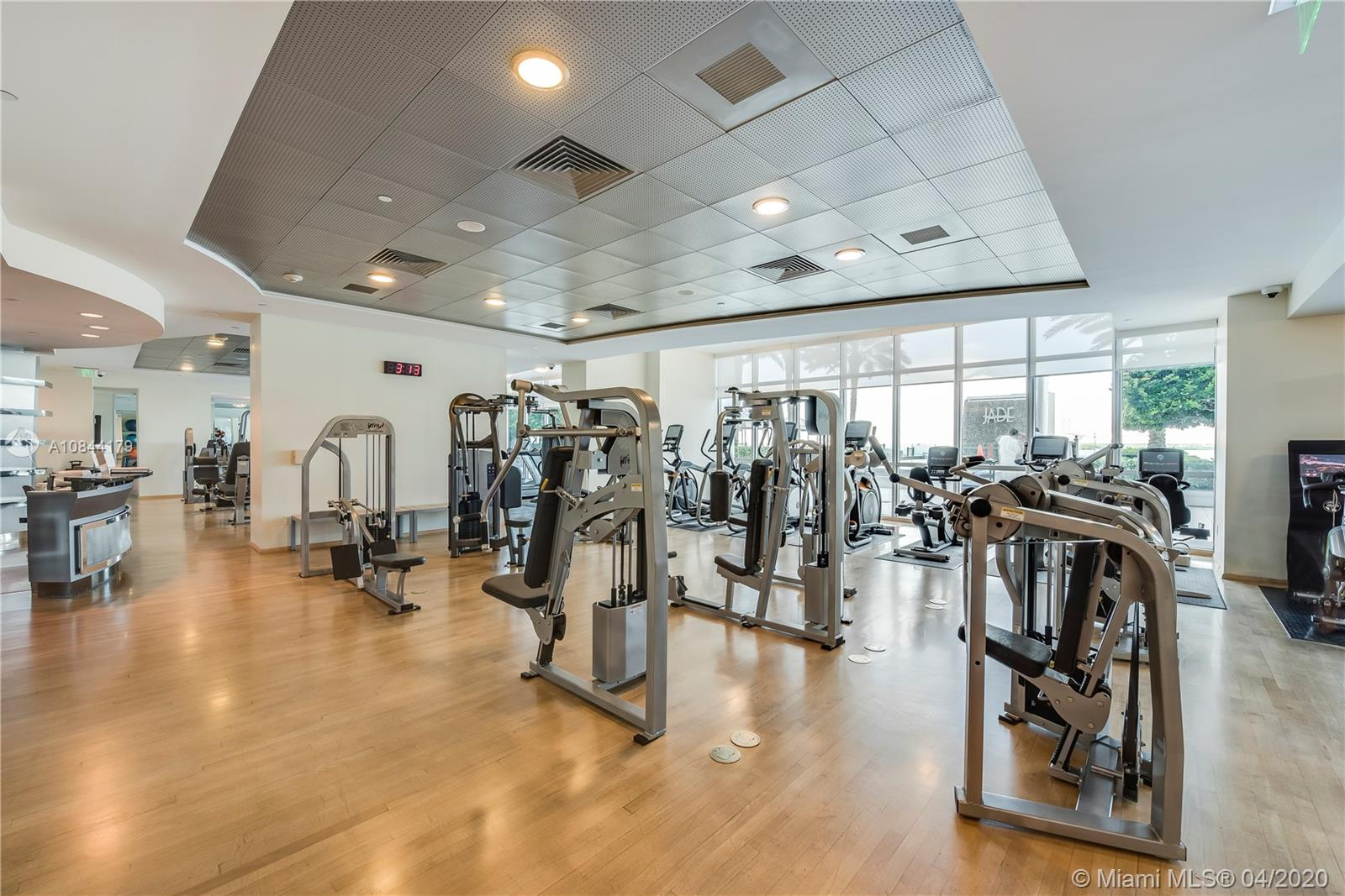 Photo of 1331 Brickell Bay Dr #1403 listing for Sale