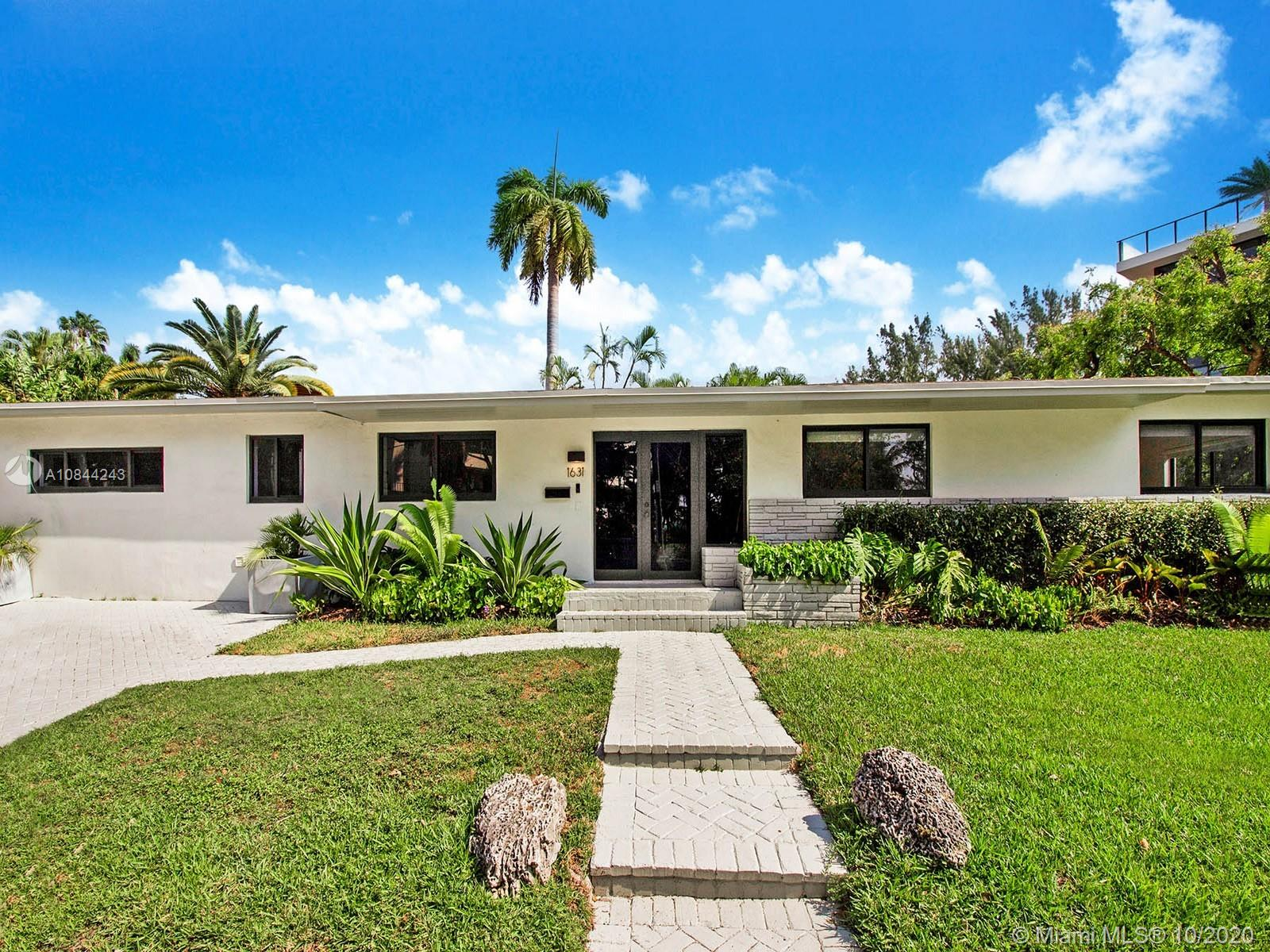 1631 S Bayshore Court, Coconut Grove, Florida 33133, 3 Bedrooms Bedrooms, ,2 BathroomsBathrooms,Residential,For Sale,1631 S Bayshore Court,A10844243