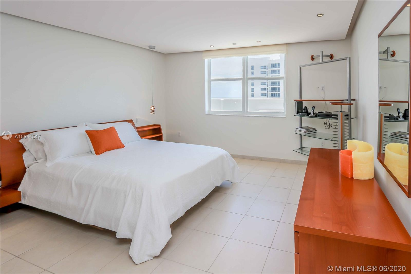 5001 Collins Ave #16E photo07