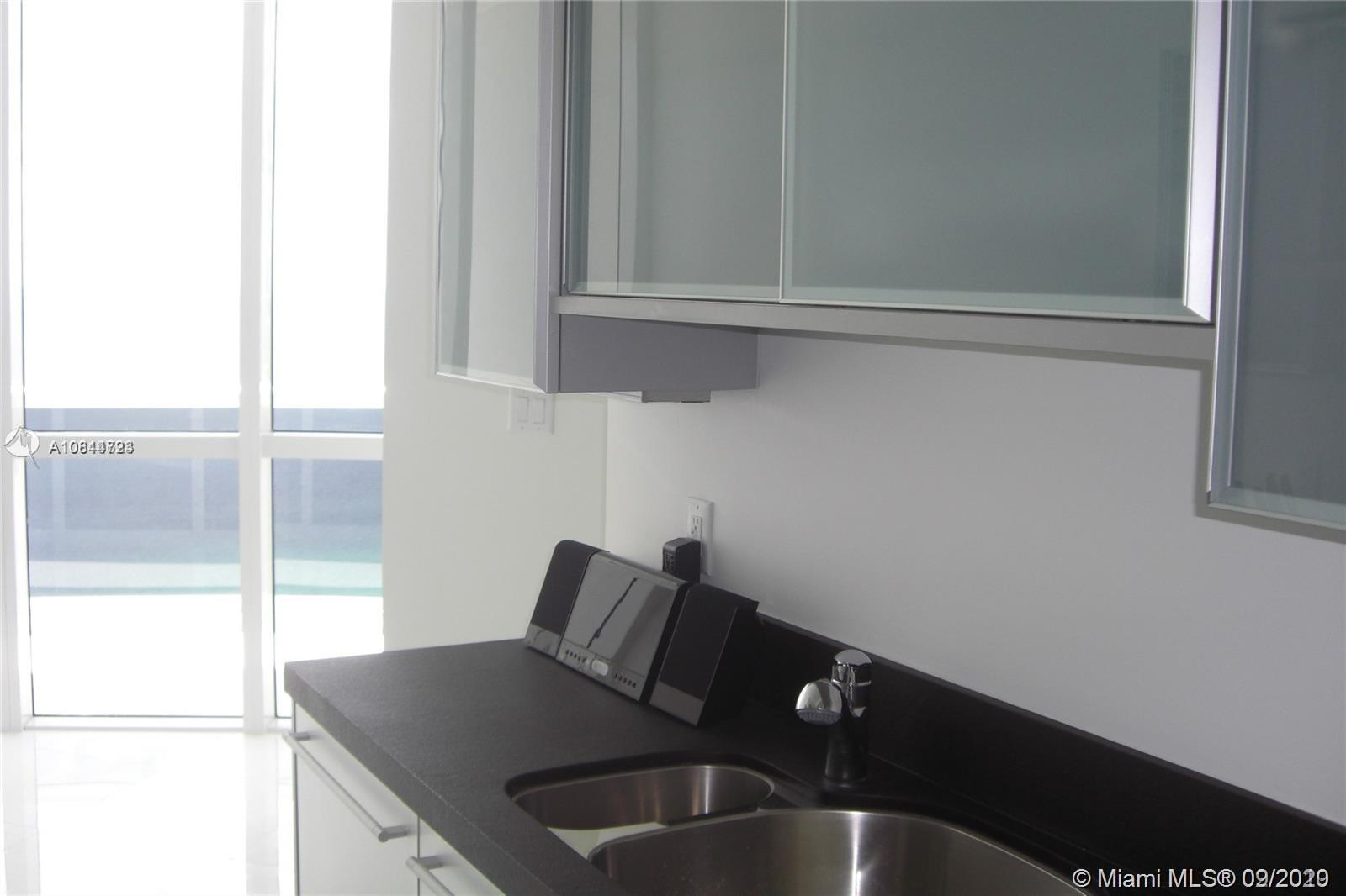 18201 Collins Ave #4609A photo012