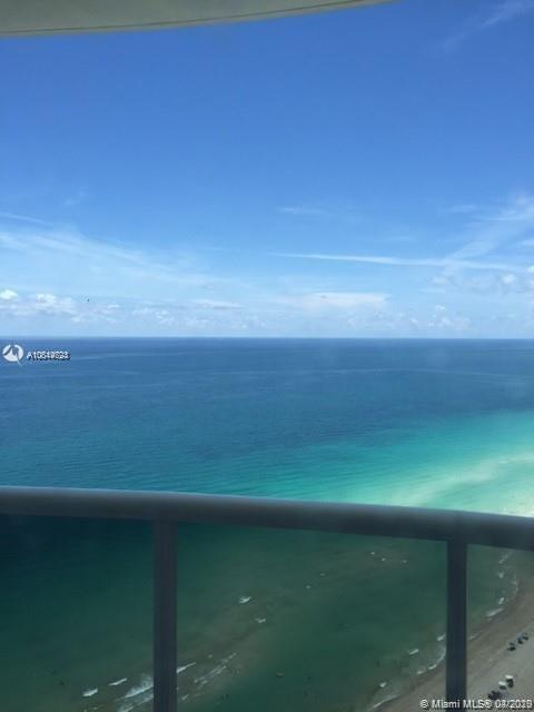 18201 Collins Ave #4609A photo01