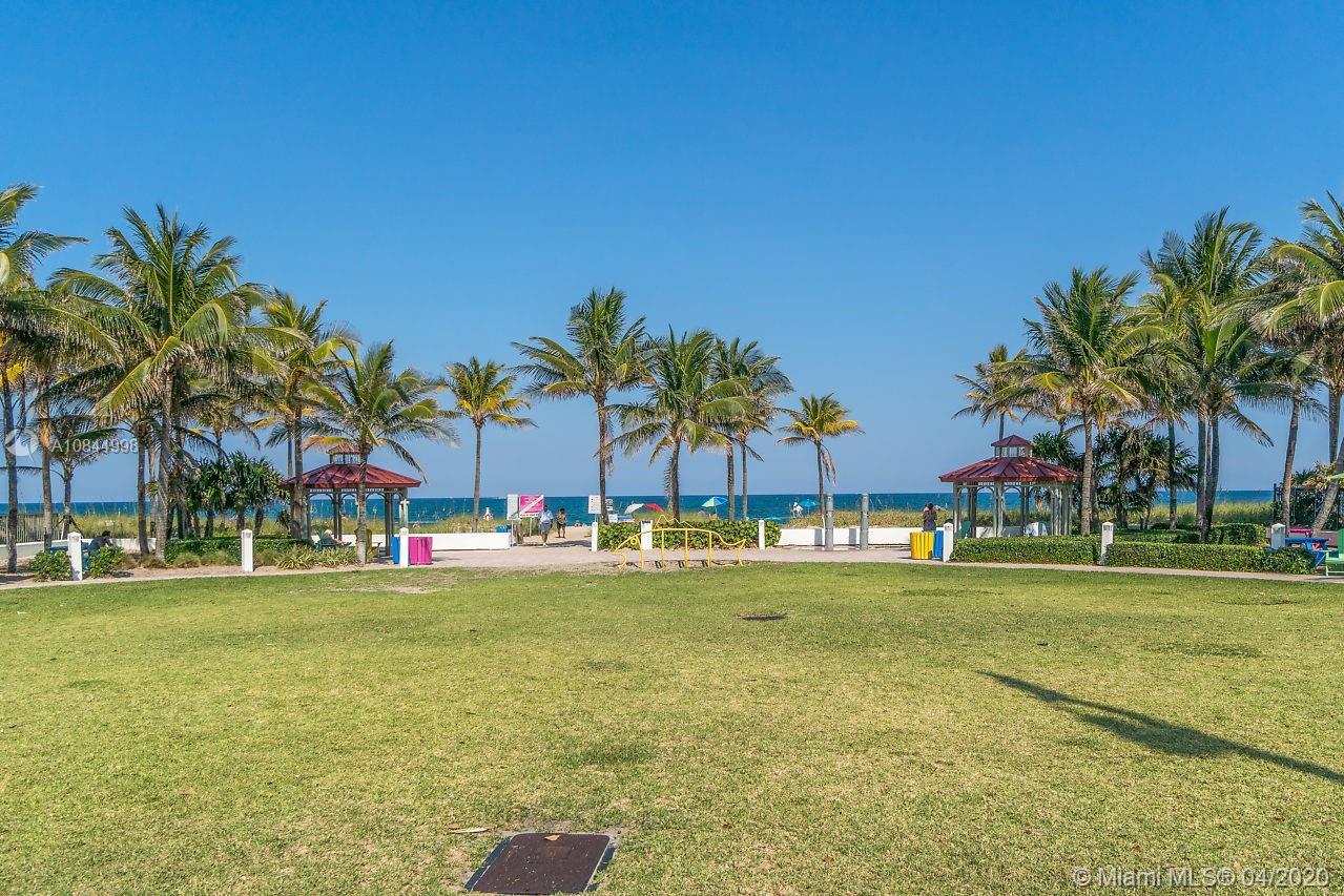 Photo of 4511 El Mar Dr #308 listing for Sale