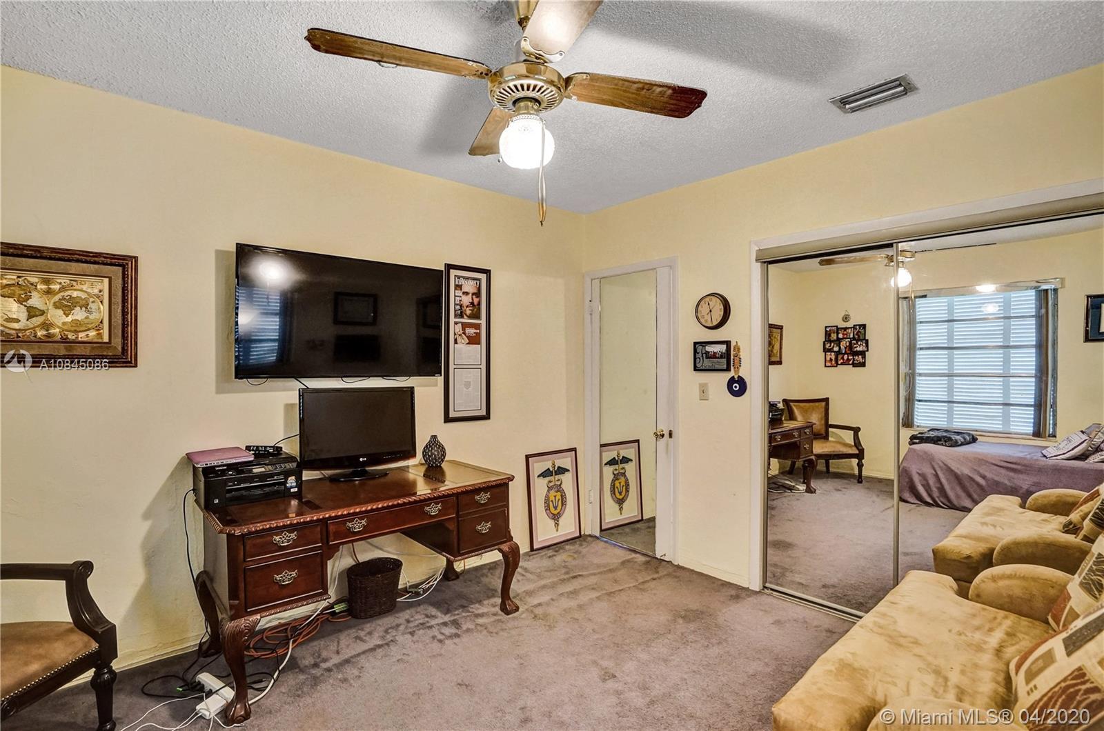 7505 Cutlass Ave photo033