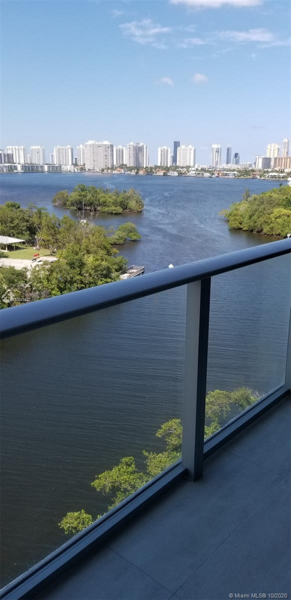 16385 Biscayne Blvd #902 photo042