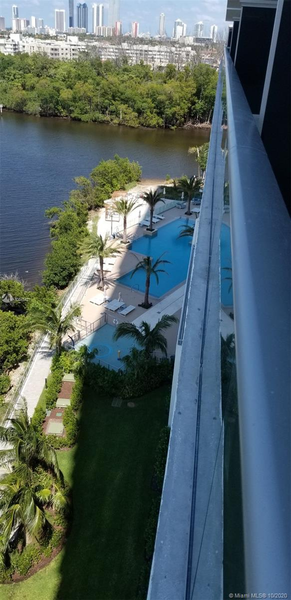 16385 Biscayne Blvd #902 photo045