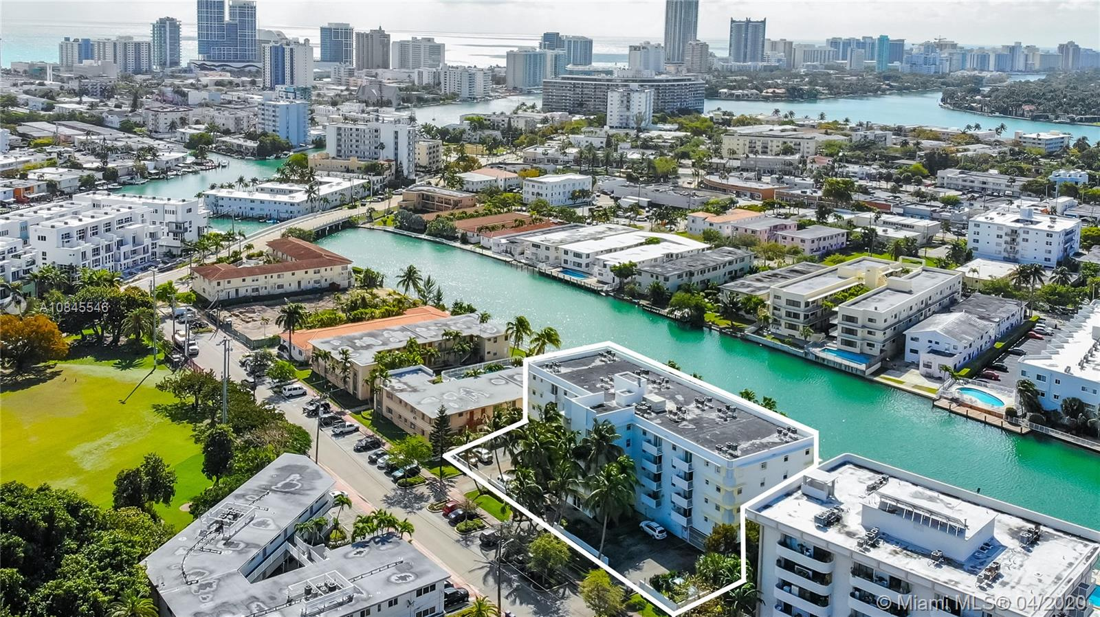 80 S Shore Dr # 407, Miami Beach, Florida 33141, 1 Bedroom Bedrooms, ,1 BathroomBathrooms,Residential,For Sale,80 S Shore Dr # 407,A10845546