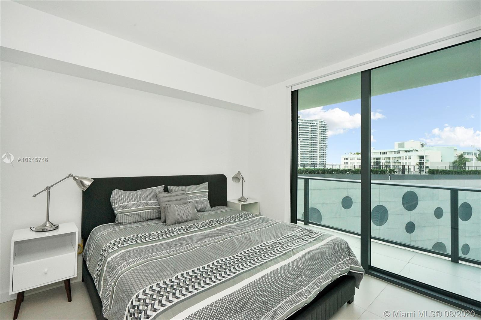 Photo of 501 NE 31st St #702 listing for Sale