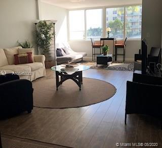 5005 Collins Ave #218 photo01