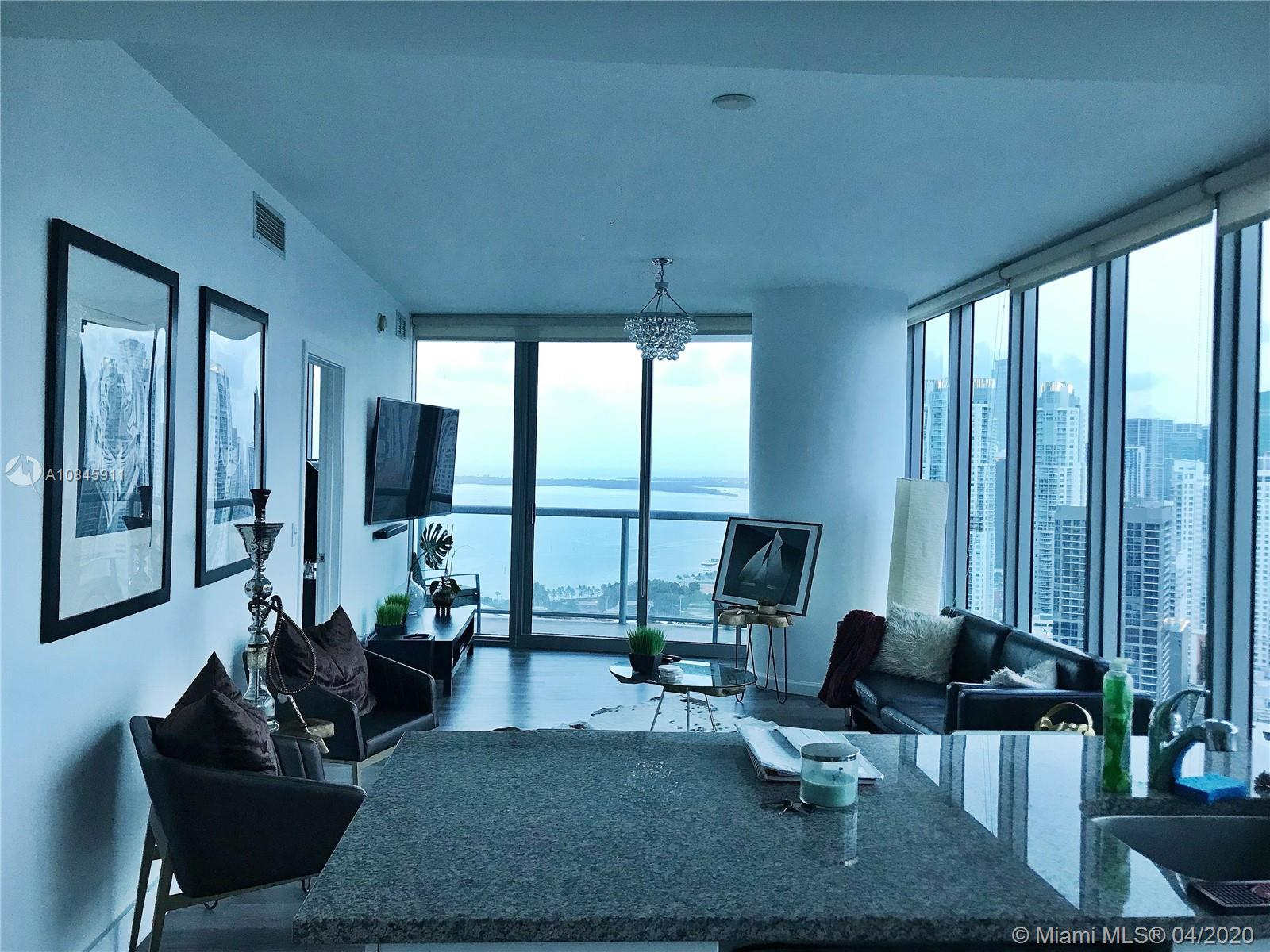 888 Biscayne Blvd #1601 photo02