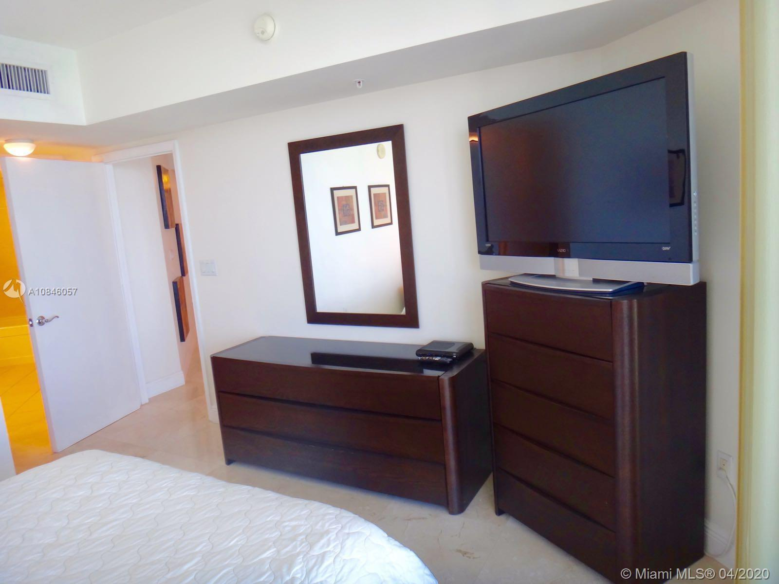 16699 Collins Ave #3210 photo012