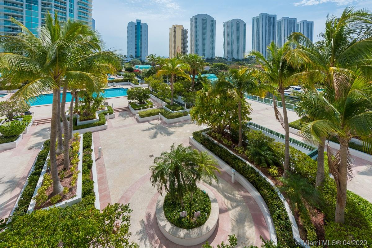16500 Collins Ave #653 photo011