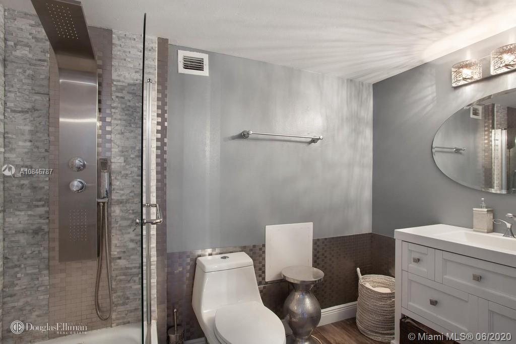2301 COLLINS # 419, Miami Beach, Florida 33139, 1 Bedroom Bedrooms, ,2 BathroomsBathrooms,Residential,For Sale,2301 COLLINS # 419,A10846787