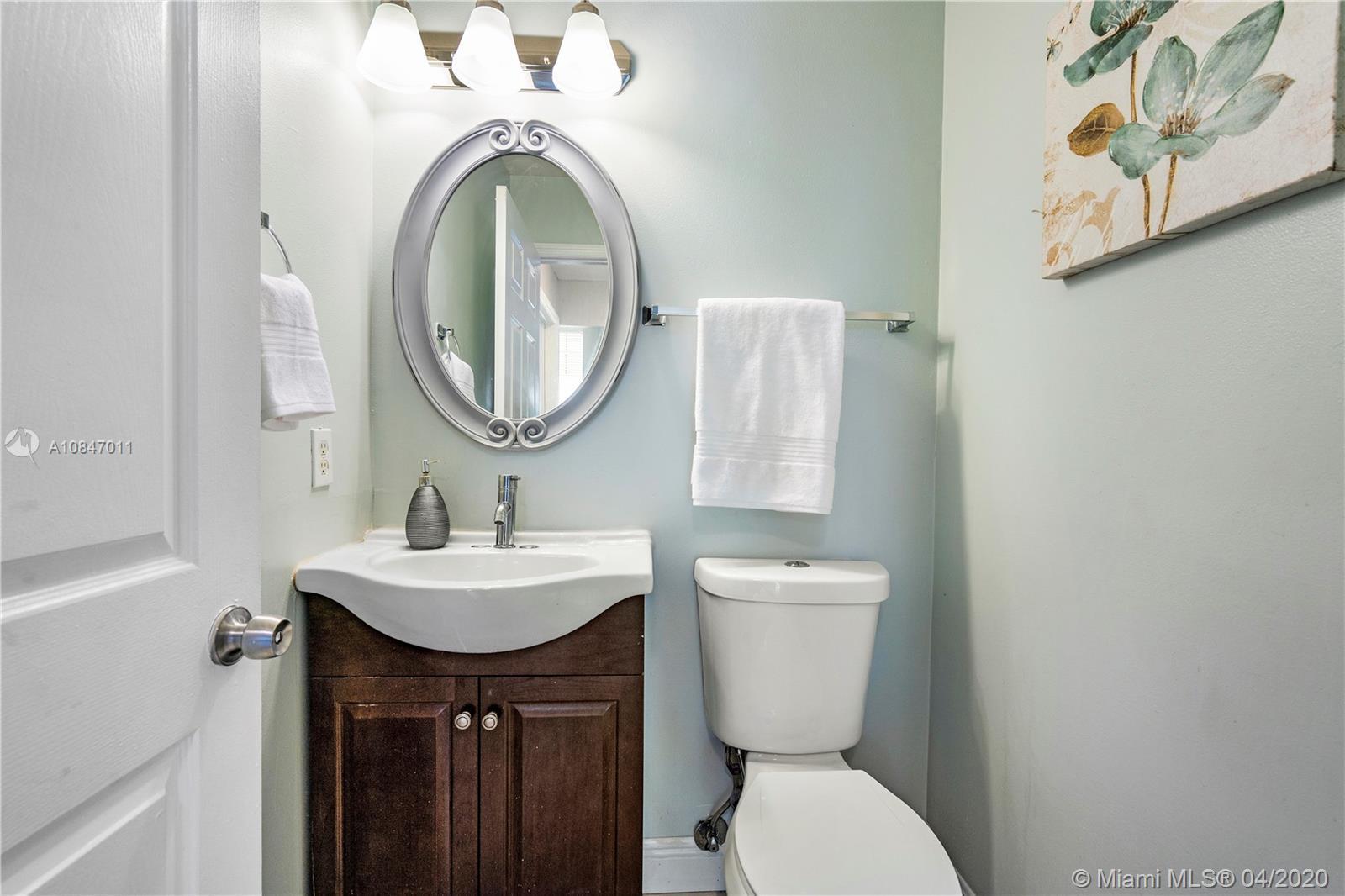 14141 Glen Cove Pl photo019