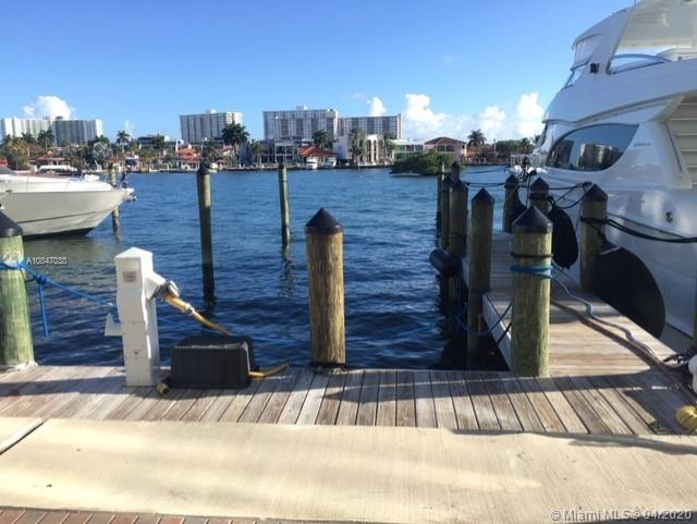 400 Sunny Isles Blvd #104 photo017