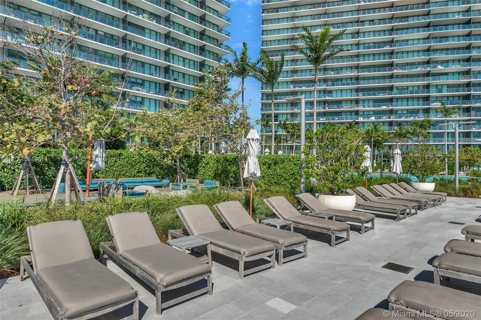 Photo of 650 NE 32nd St #1004 listing for Sale