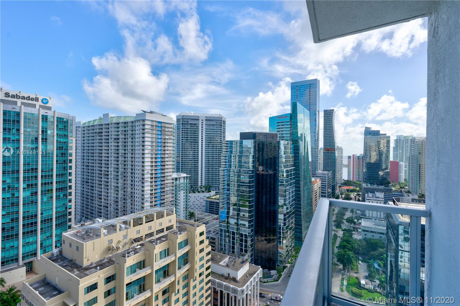 1060 Brickell Ave #3007 photo02