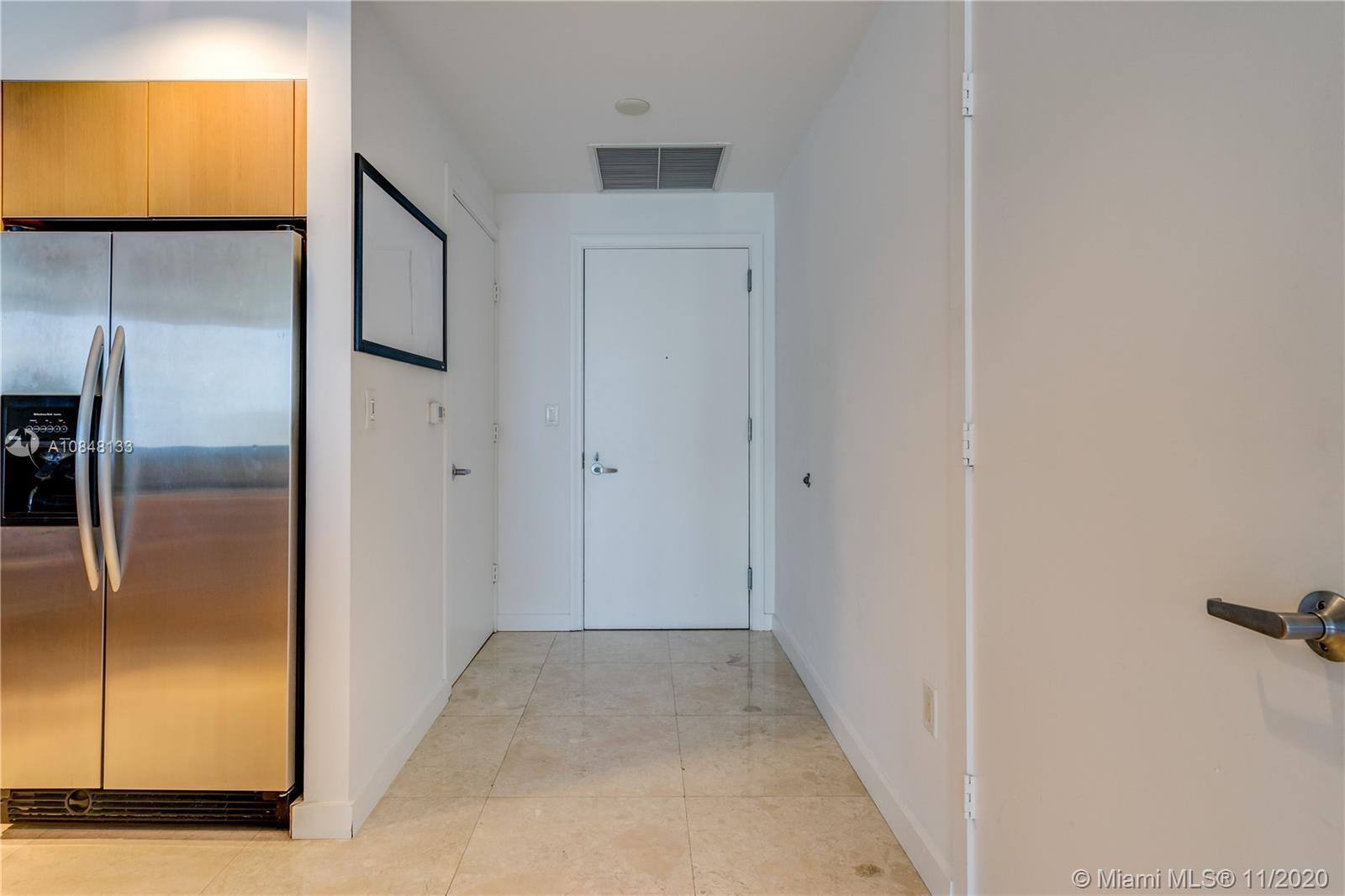1060 Brickell Ave #3007 photo012