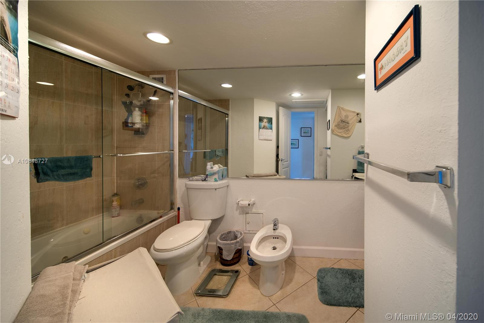 5600 Collins Ave #10R photo023