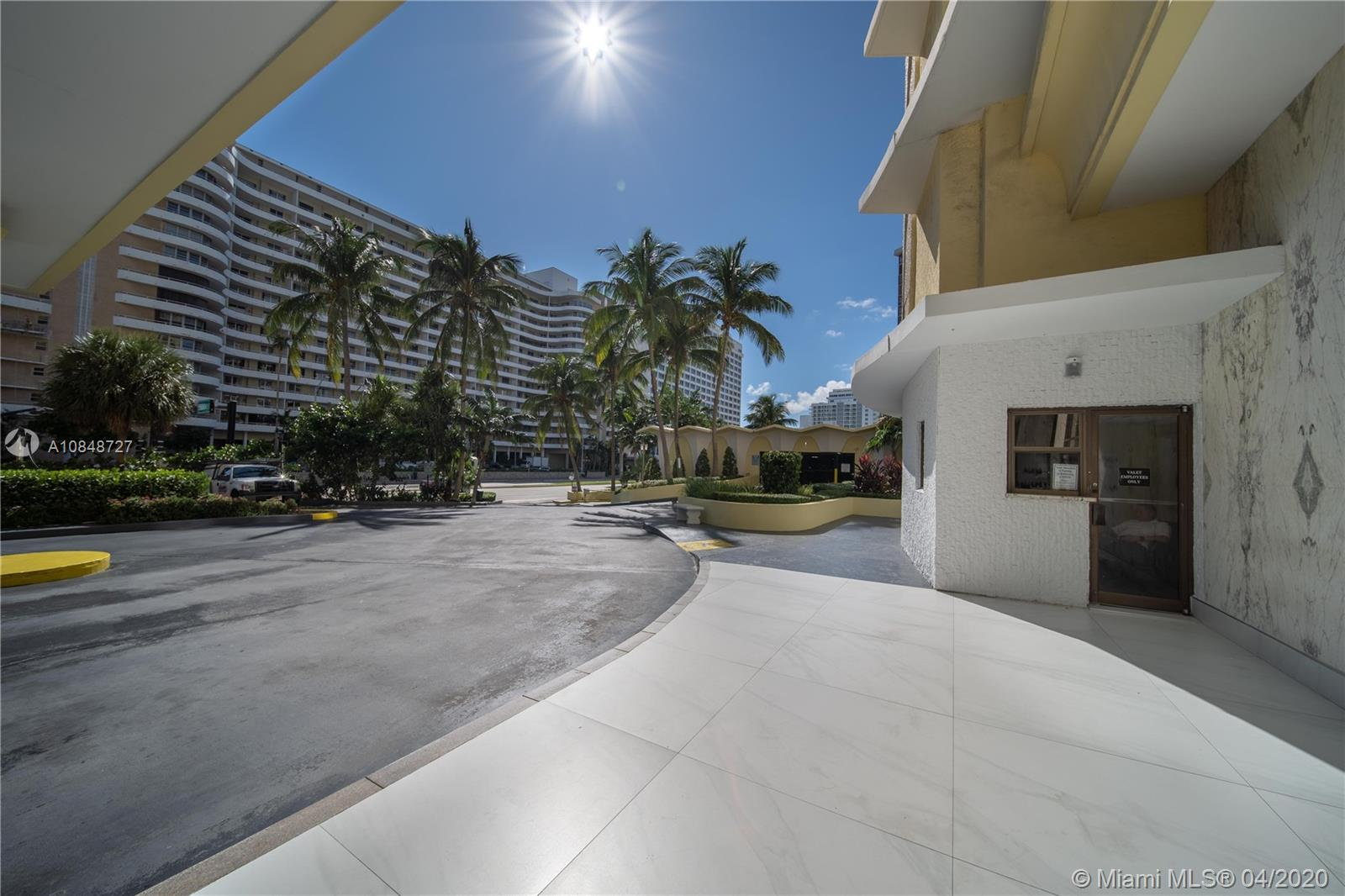 5600 Collins Ave #10R photo03